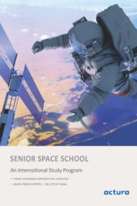 Brochure, Senior Program: features, outline, and the learning outcome.